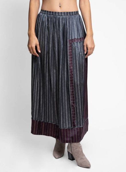 Burning Torch Berlin Skirt Grey Multi