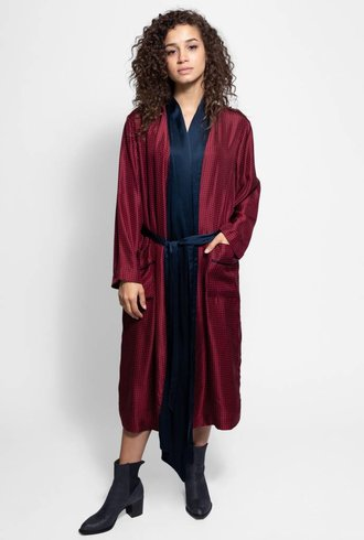Raquel Allegra Wrap Trench Dress Crimson