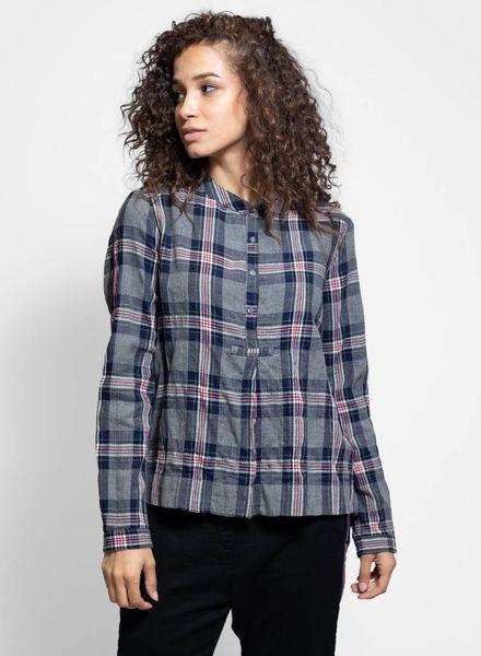 Xirena Oakley Shirt Tarnish