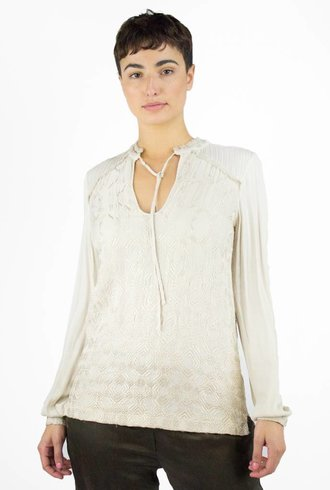 Burning Torch Igloo Blouse Winter White