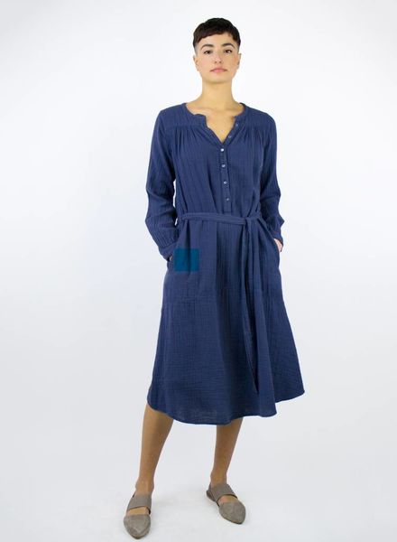 Xirena Evynn Chelsea Gauze Dress Navy