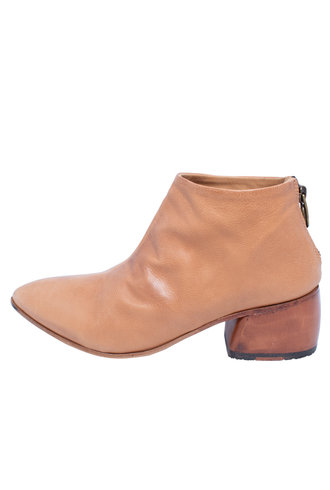 P. Monjo Curved Ankle Boot Todi Caramel