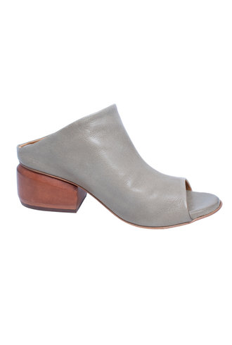 P. Monjo Slip-on Mule Iron Granito