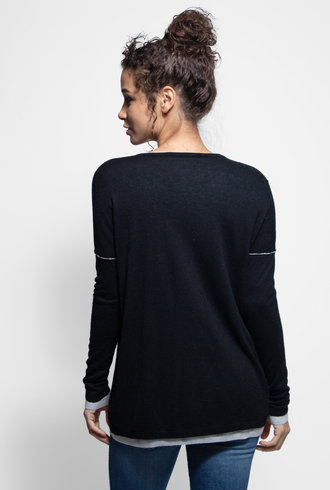 Kokun 2 Layer Boxy V Neck Black Grey