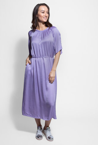 Raquel Allegra Flutter Midi Dress Lilac
