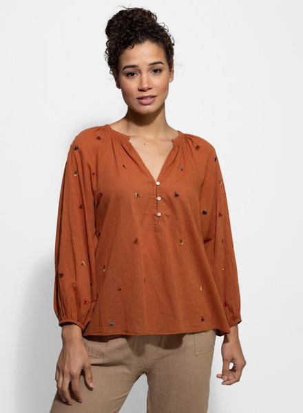 The Great The Derby Top with Multi Poppy Embroidery Spice