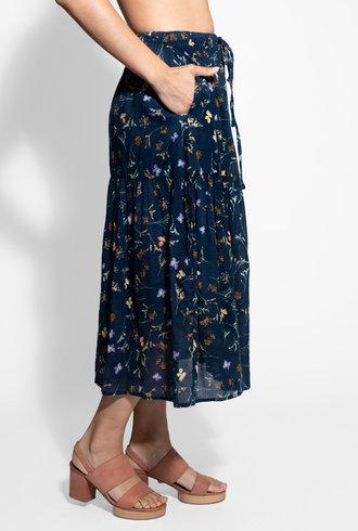Trovata Sunny Drawstring Skirt Navy Floral