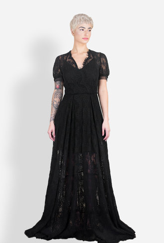 Gary Graham Lace Fitted Gown Black