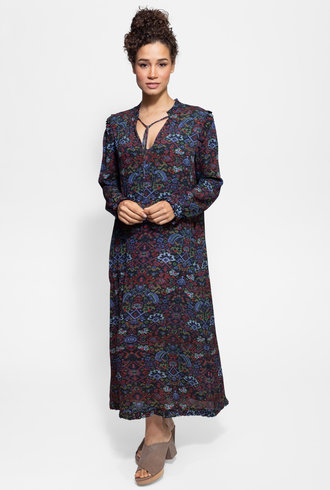 Raquel Allegra Ruffle Dress Black Tapestry