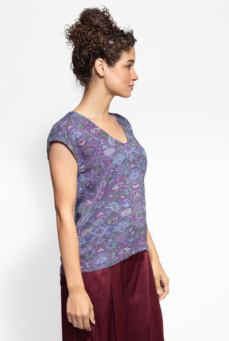 Raquel Allegra Shell Top Purple Tapestry