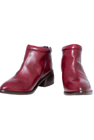 P. Monjo Curved Ankle Boot Lux Rosso Red