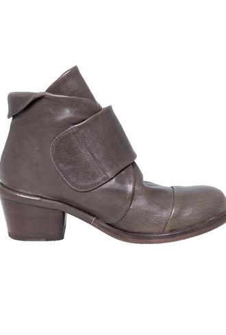 P. Monjo Strap Ankle Boot Iron Grafito Granite Grey