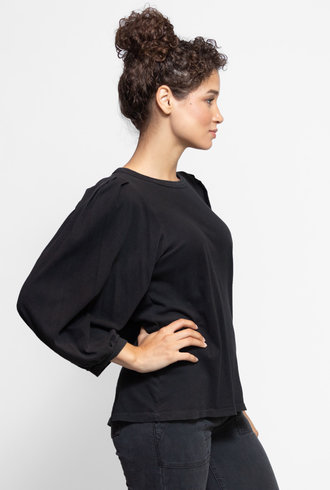 The Great The Pleat Sleeve Tee Almost Black