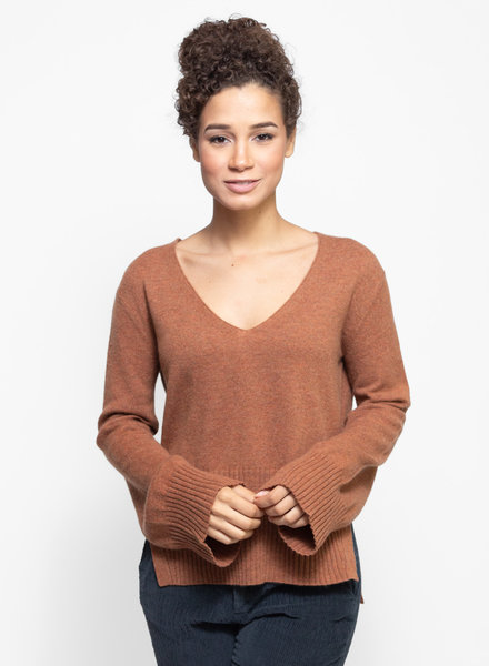 Inhabit Drapey V Sweater Spice