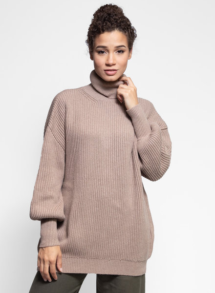 Apiece Apart Tavola Turtleneck Sweater Peanut