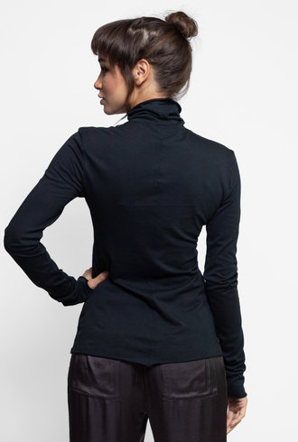 Raquel Allegra Long Sleeve Turtleneck Black
