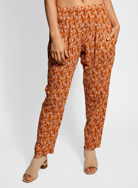Xirena Payton Pants in Laurel Print