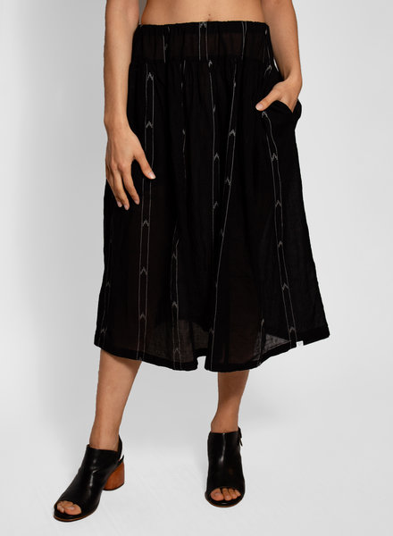 Bsbee Manti  Black Skirt