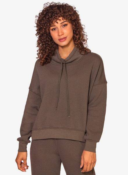 Xirena Chase Sweatshirt Olive