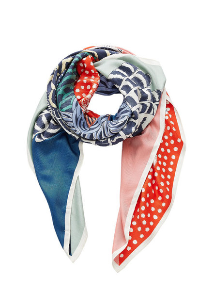 Inouitoosh Gallinace Scarf Green