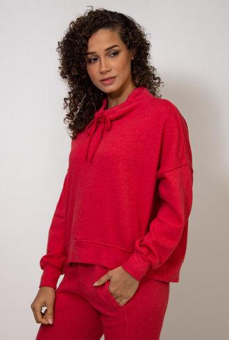 Xirena Chase Sweatshirt Cherry Red