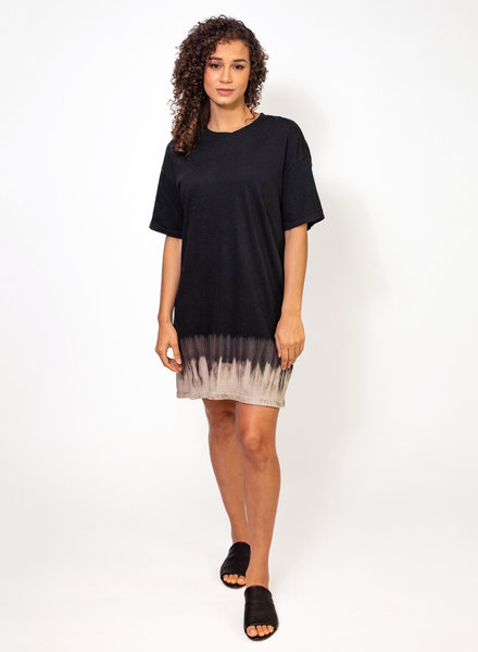Raquel Allegra T-Shirt Dress Black Horizon Tie Dye