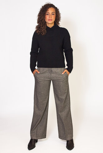 Pomandere Fisherman Sweater Black