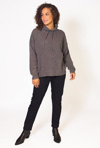 Xirena Slater Cashmere Sweater