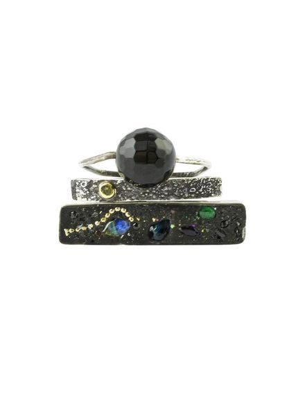 Beth Orduna Design Three Band Mixed Sapphire and Emerald Ring