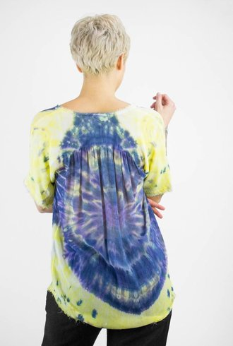 Raquel Allegra Tie Dye Short Sleeve Shirred Blouse Violet