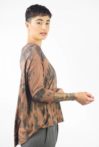 Raquel Allegra 3/4 Sleeve Cocoon Clay Fire Tie Dye
