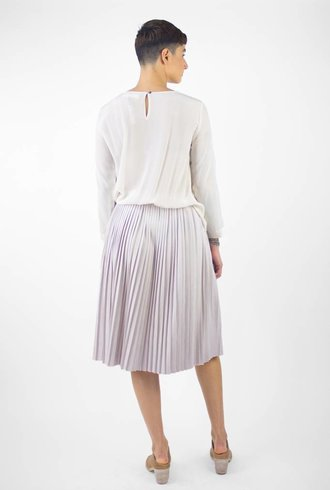 Pomandere Long Sleeve Pleated Skirt Dress Cream