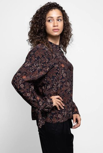 Warm Francesca Blouse Black Floral