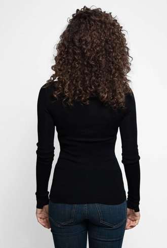 Inhabit Essential Turtleneck Black