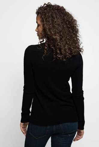 Inhabit Cashmere Stretch Side Slit V-Neck Black