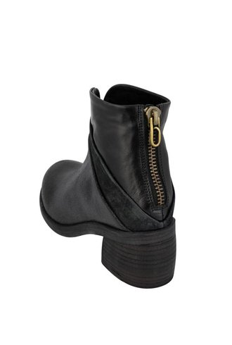 P. Monjo Two Textured Boot Black