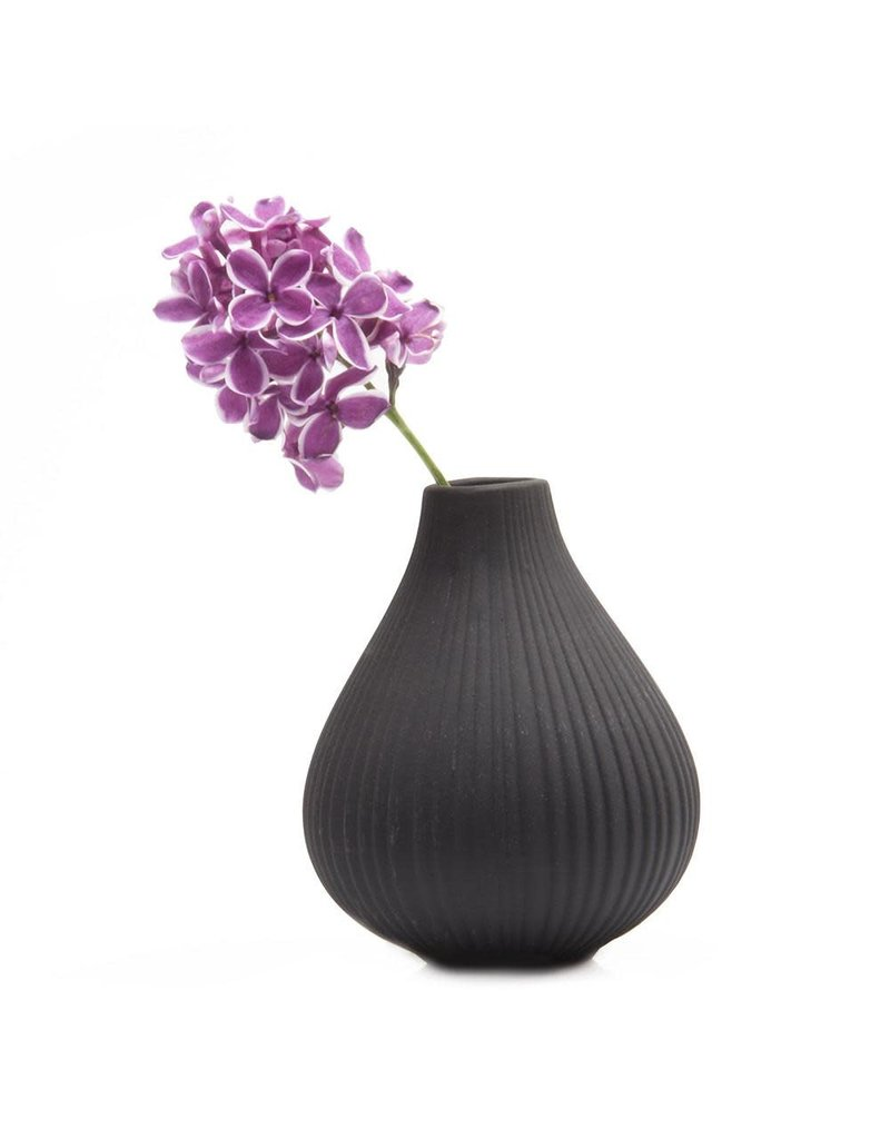 Chive Frost Vase in Black