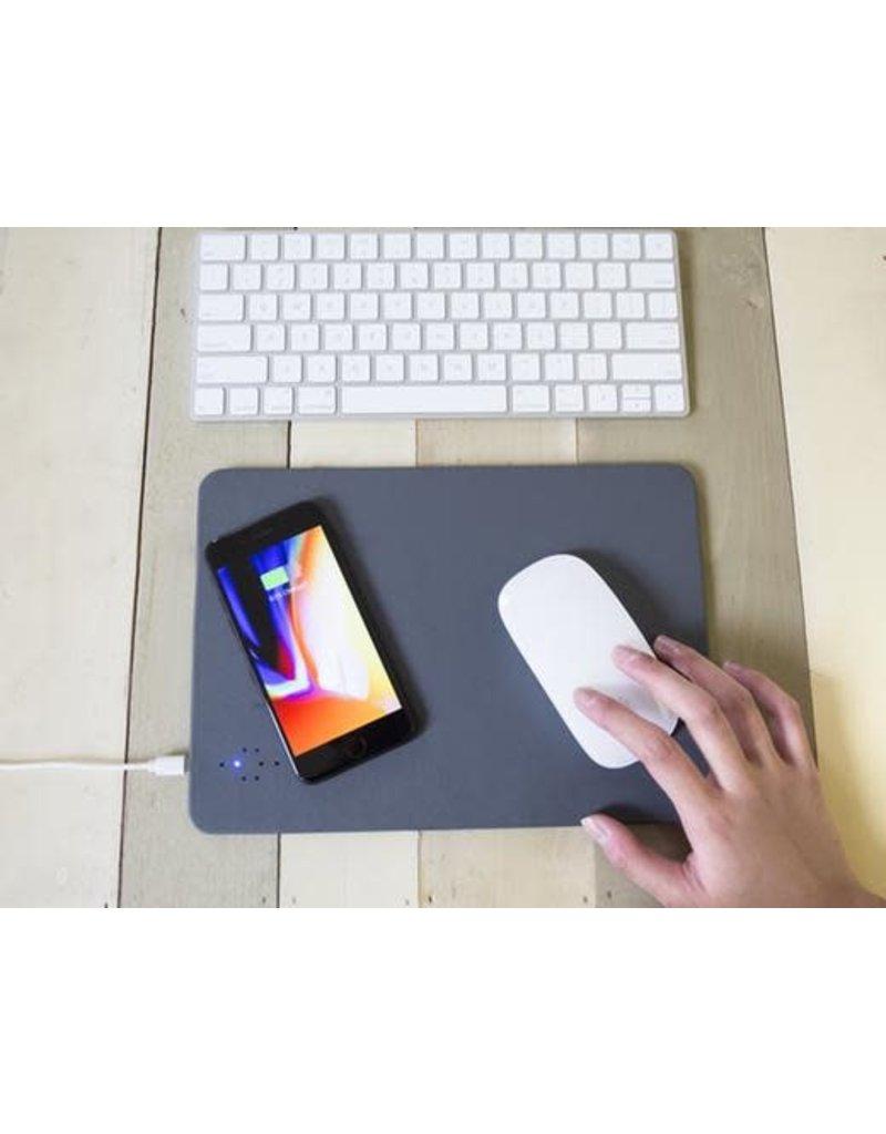 Kikkerland Wireless Charging Mouse Pad