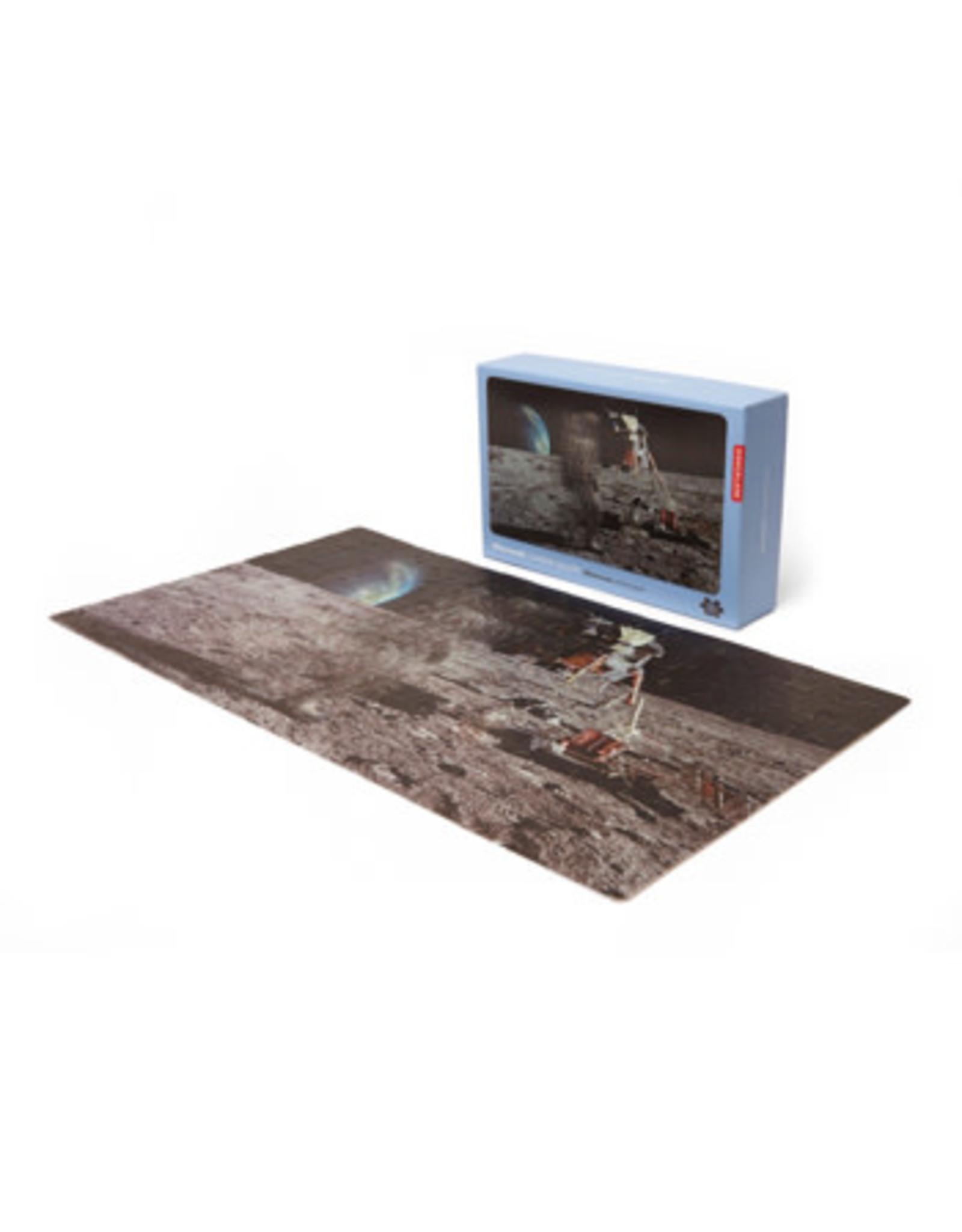 Kikkerland Moonwalker Motion Puzzle