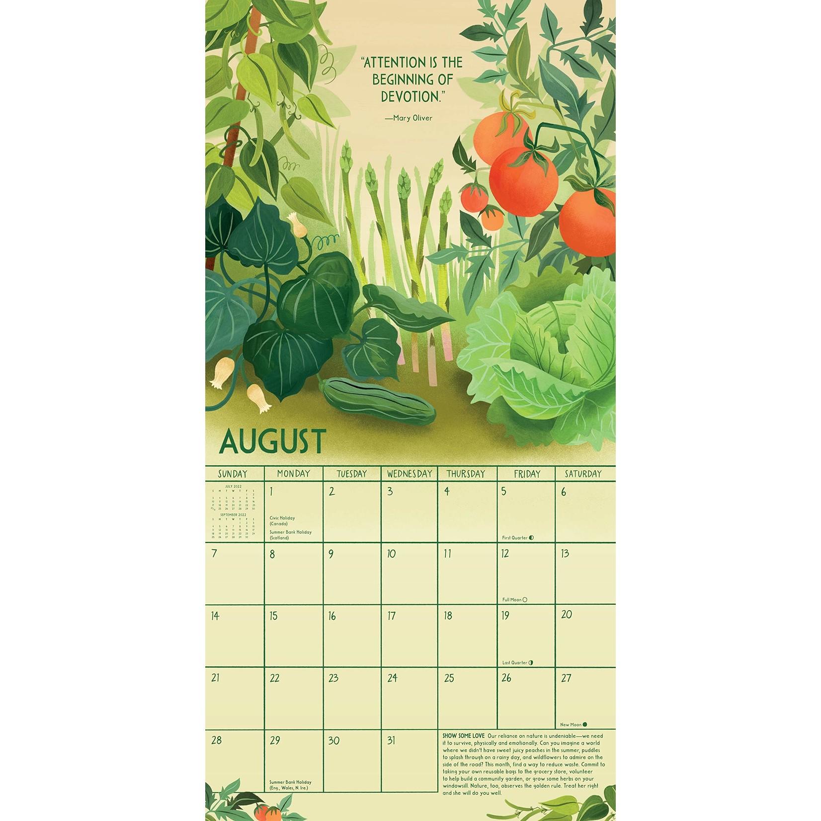 Workman Publishing Living in Nature Wall Calendar 2022