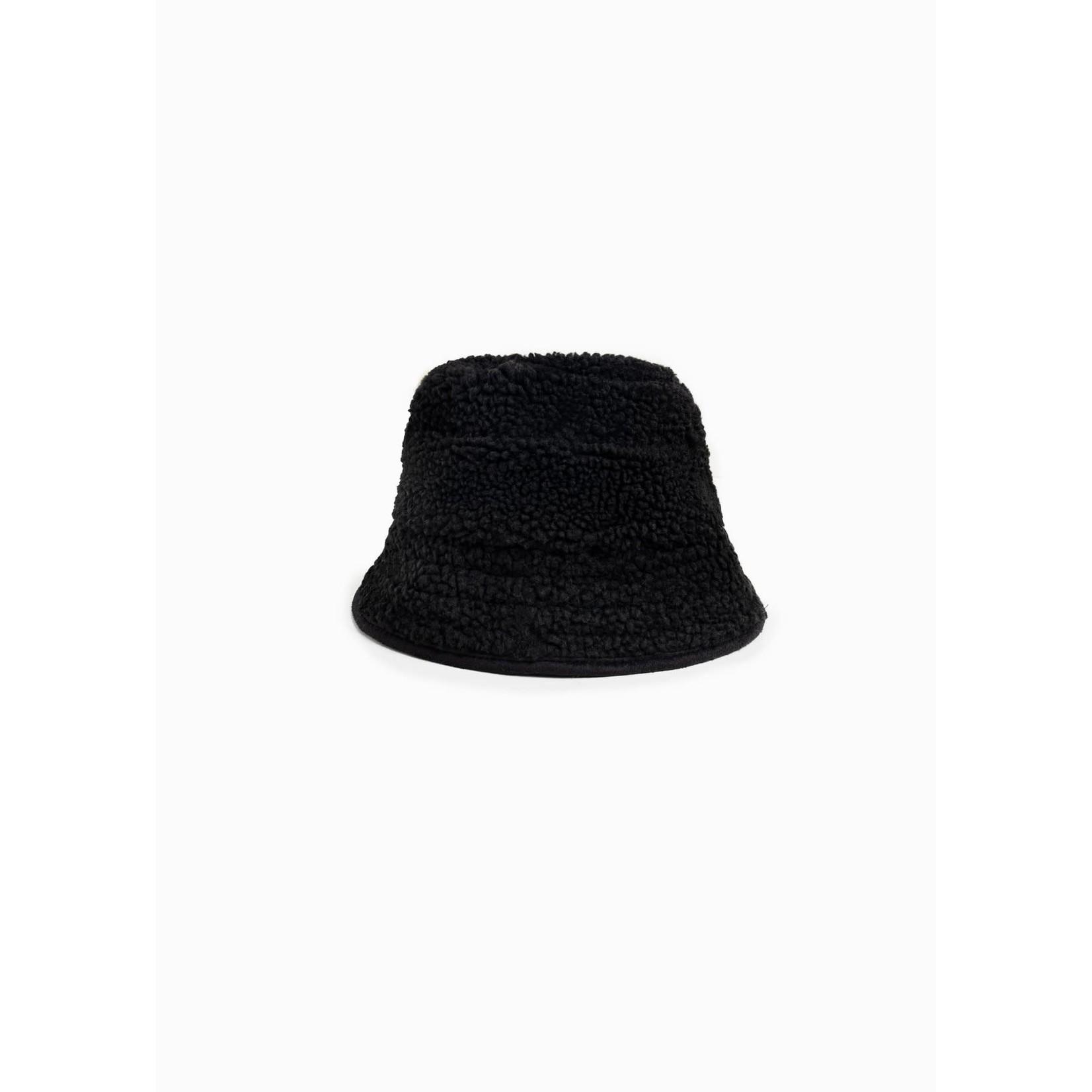 Shearling Basic Bucket Hat in Black