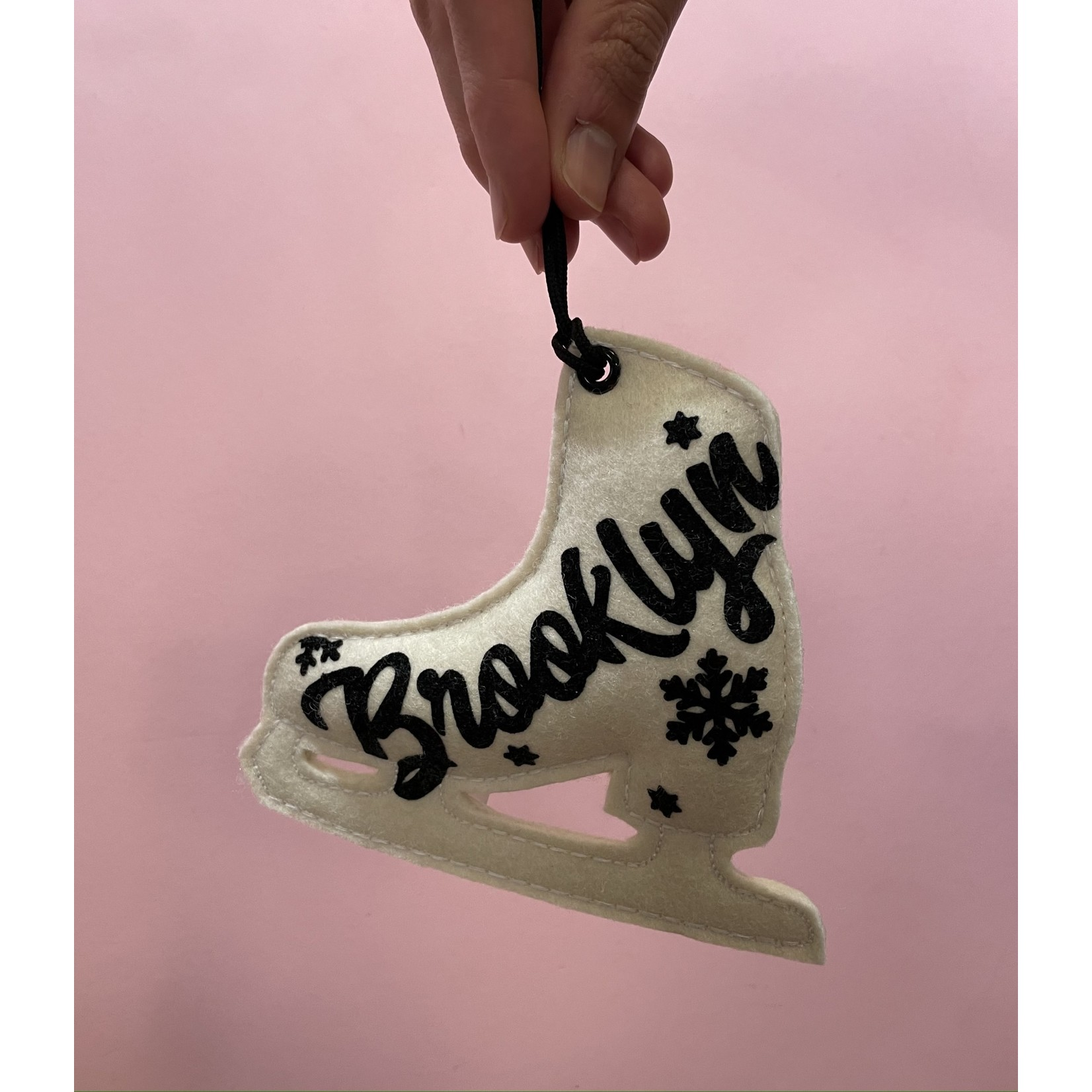 Ice Skate Ornament : Brooklyn