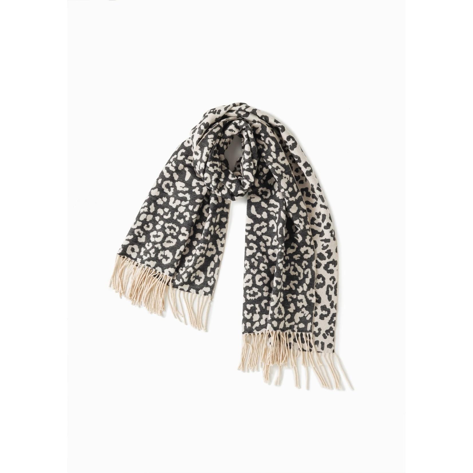Soft Reversible Leopard Scarf - Black