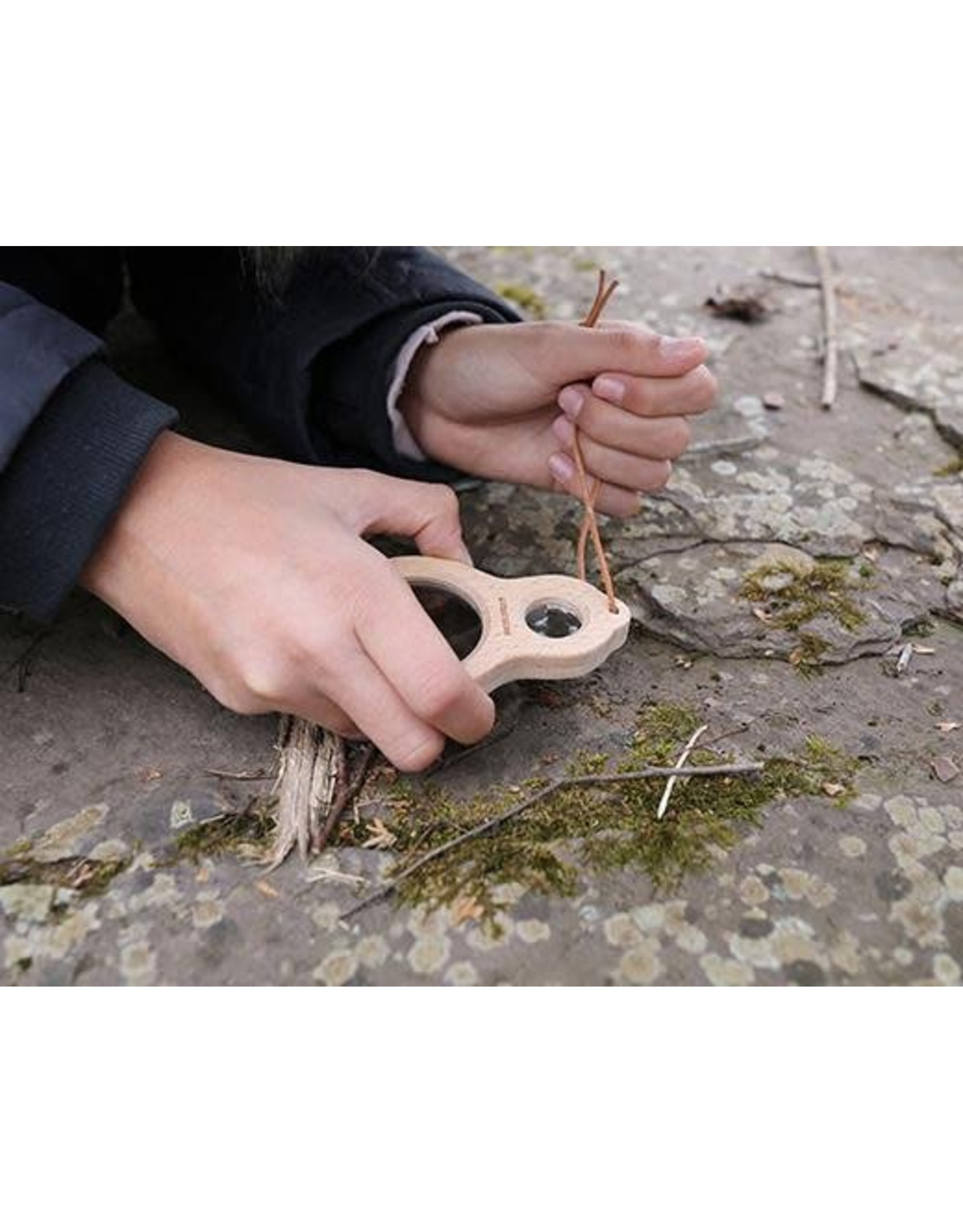 Kikkerland Huckleberry Dual Magnifier