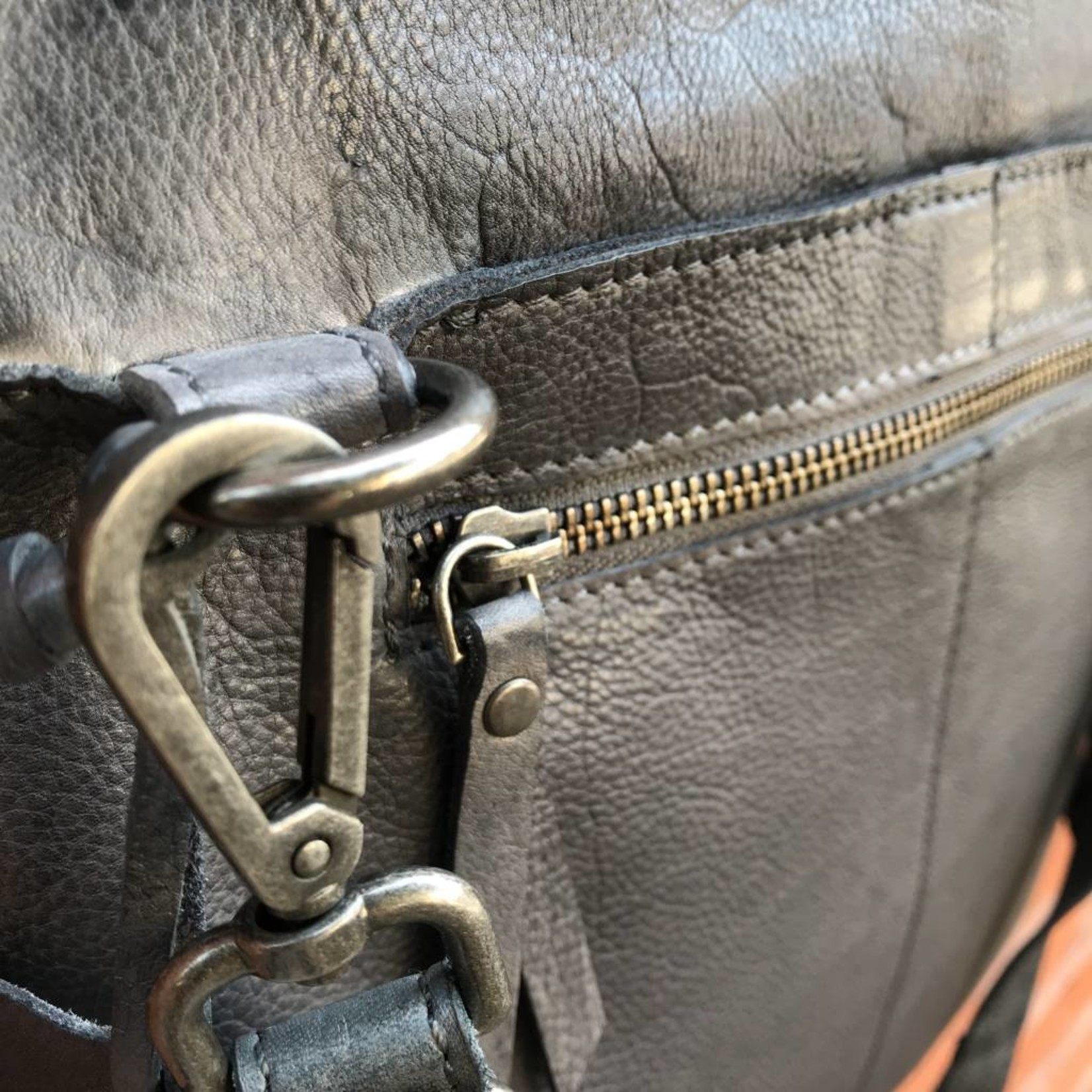 Latico Leathers Preston in Charcoal