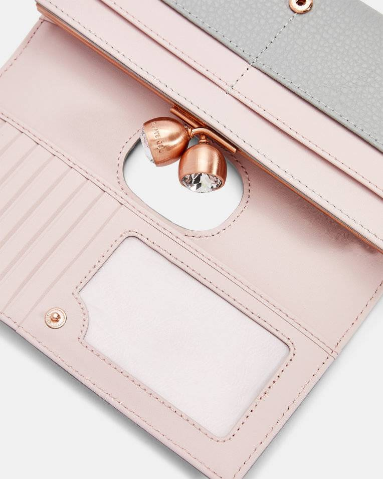 TED BAKER Muscovy