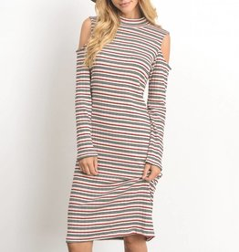 Gilli The Cold Shoulder Dress