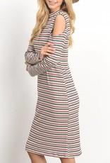 Gilli The Cold Shoulder Dress