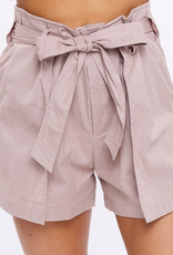 Listicle Bow to Me Shorts