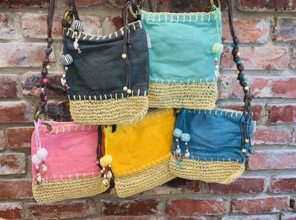 Sun 'N' Sand Beach Please Crossbody